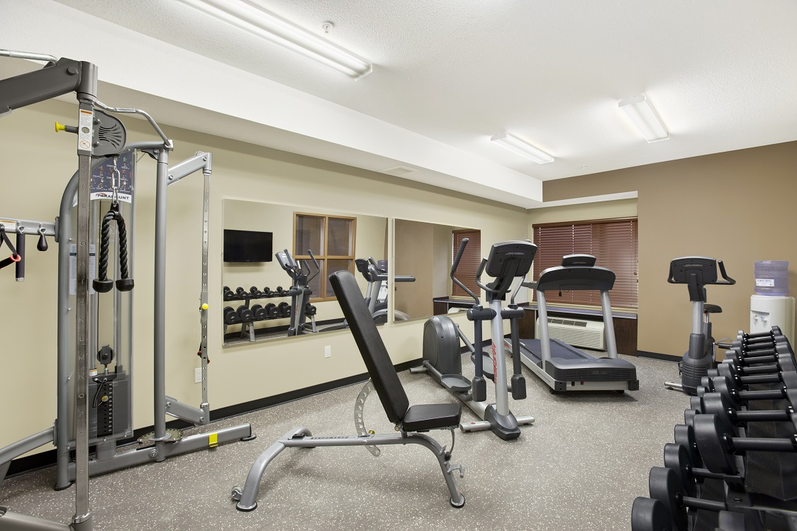 Masterbuilt hotels microtel inn suites estevan for Small exercise room
